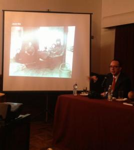 """""""Fotografía de Documentalismo Social"""" es el segundo libro de Óscar Colorado. (Crédito: DiarioUP)"""