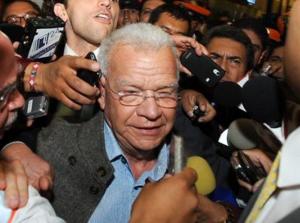 El procurador Fernando Valenzuela negó que Granier se encuentre en calidad de detenido y garantizó en todo momento la seguridad del ex gobernador de Tabasco / Imagen: milenio.com