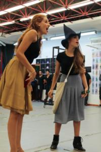 Danna Paola compartirá escenario con Cecilia de la Cueva, quien interpretará a Glinda / Foto: Jorge Marcelo Espinoza Lasso