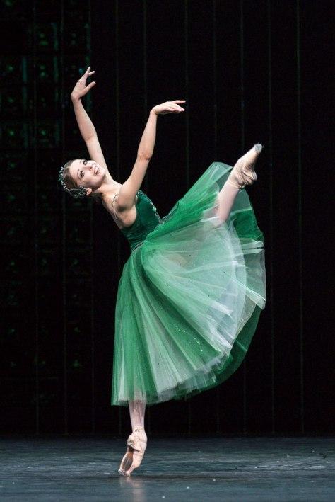 Yevgenia Obraztsova en Emeralds, de 'Jewels'. Esta presentación del Bolshoi en Londres generó opiniones encontradas- Foteini Christofilopoulou, DanceTabs
