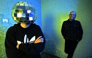 Backstage de Pet Shop Boys en Los Angeles / Foto: www.facebook.com/petshopboys