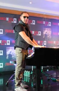 Franco de Vita llega a México para promocionar su más reciente producción, Vuelve en Primera Fila / Foto: Paola Ortiz