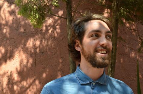 Pedro de Tavira nos platicó de la preparación para representar al personaje, un abogado / Ana Ávila