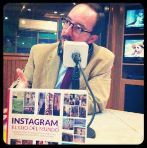 Óscar Colorado en entrevista para Radio Trece / Foto: @IvanLopezGallo, oscarenfotos.com
